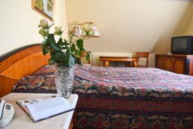 offi-haz-hotel-eger-belvaros-1