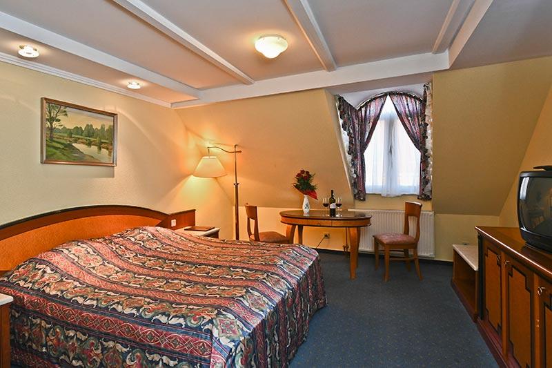 offi-haz-hotel-eger-belvaros-7
